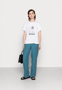 Marc O'Polo - Print T-shirt - multi - 1