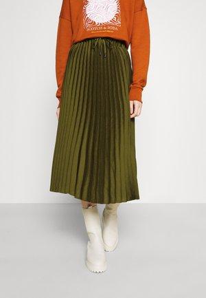 Pleated skirt - military