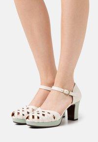 Chie Mihara - IRMA  - Platform heels - freya rice/ada salvia - 0