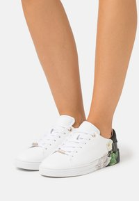 Ted Baker - DARMA - Trainers - ivory - 0