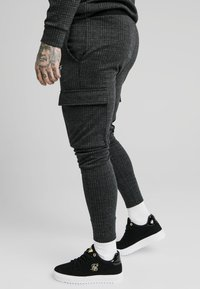 SIKSILK - TONAL CHECK CARGO PANT - Cargobroek - grey - 4