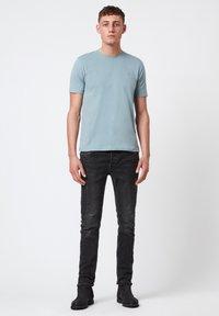 AllSaints - BRACE - Basic T-shirt - royal blue - 0
