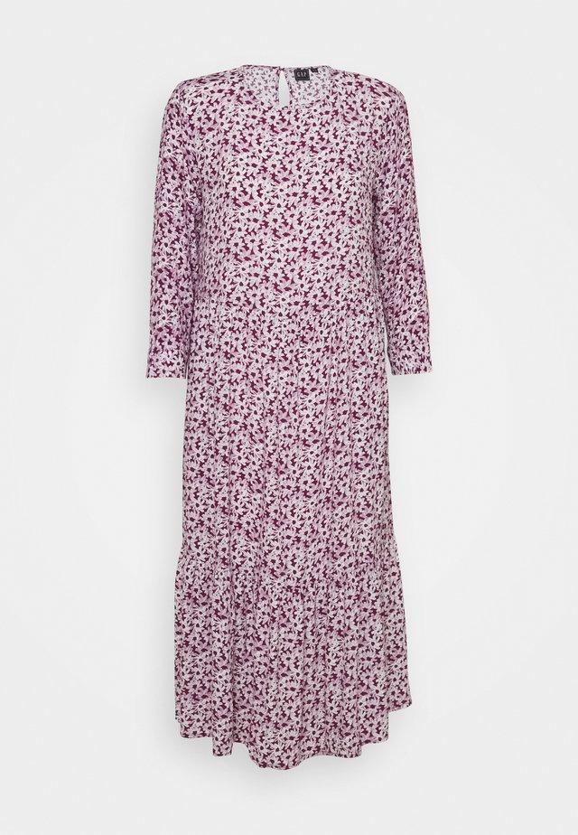 FLOUNCE  - Denní šaty - plum