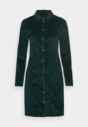 VMAVIIS STITCH  DRESS - Shirt dress - sea moss