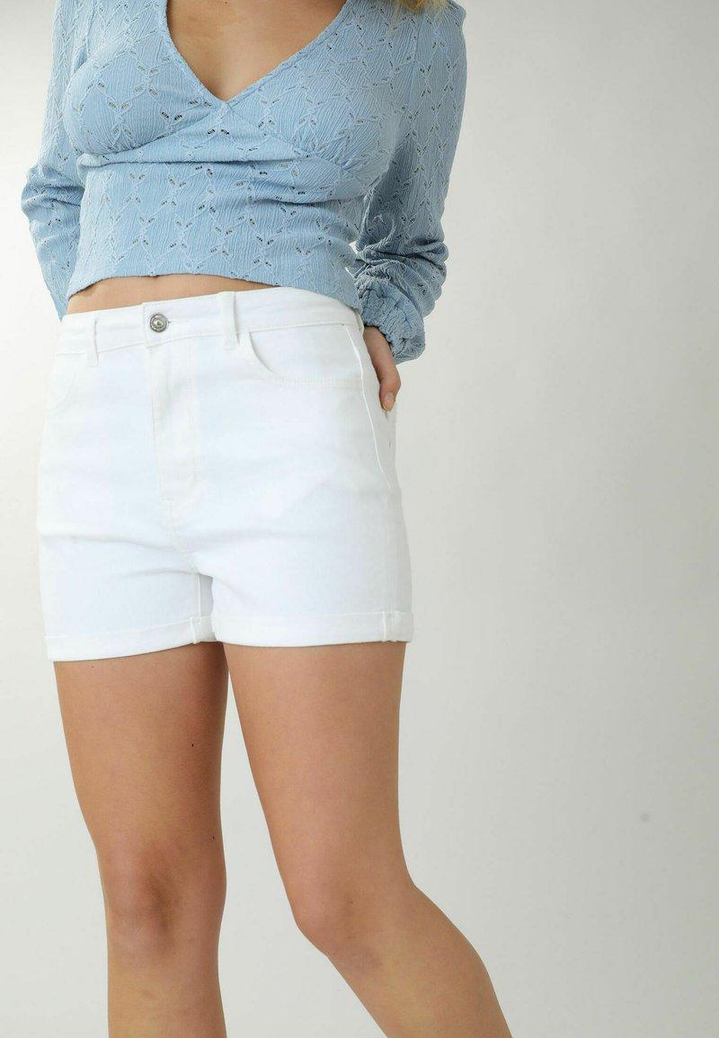 Pimkie - Denim shorts - weiß