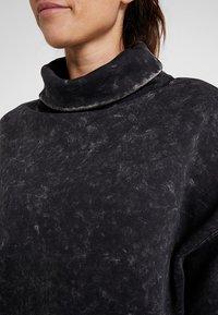 Reebok - OVERSIZED COVER UP - Sweater - black - 5