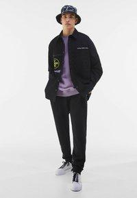 Bershka - Summer jacket - black - 1