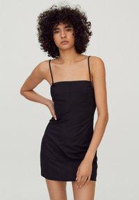 PULL&BEAR - Cocktailkleid/festliches Kleid - black - 0