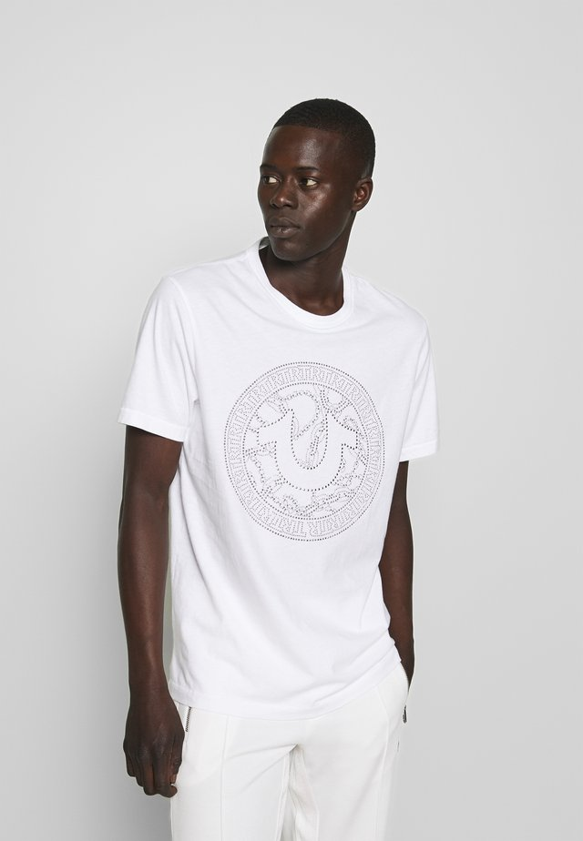 CREW NECK BRANDED - Camiseta estampada - white