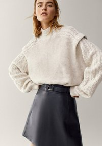 Massimo Dutti - A-line skirt - black - 3