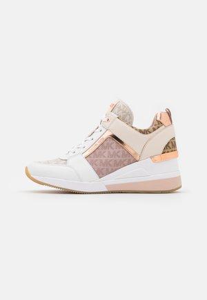 GEORGIE TRAINER - Sneakers laag - natural/multicolor