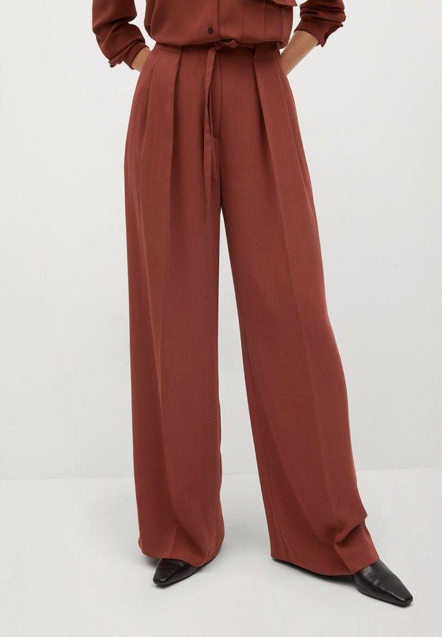 ARES-I - Pantalon classique - bräunliches orange