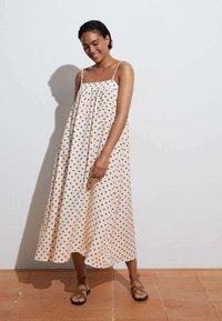 OYSHO - Day dress - off-white - 0