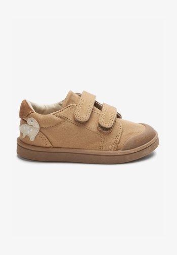 MACHINE WASHABLE  - Baby shoes - tan