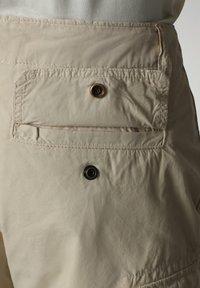 Napapijri - NOTO - Shorts - natural beige - 5