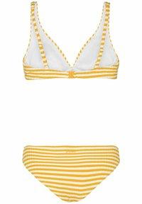 Protest - DOLORES  - Bikini - sun rays - 5