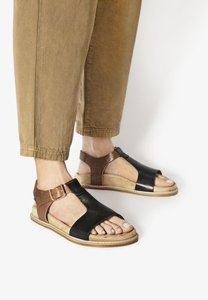 Sandals - mntrl black coconut nbc