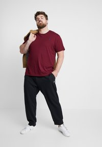 Polo Ralph Lauren Big & Tall - DOUBLE KNIT TECH - Tracksuit bottoms - polo black - 1