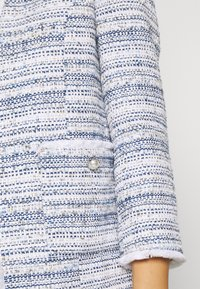 Wallis - PEARL BUTTON JACKET - Blazer - light blue - 4