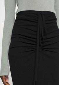 N°21 - Pencil skirt - black - 4