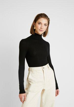PCKAROLINE ROLLNECK - T-shirt à manches longues - black