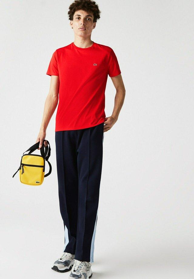 T-shirt basique - rouge
