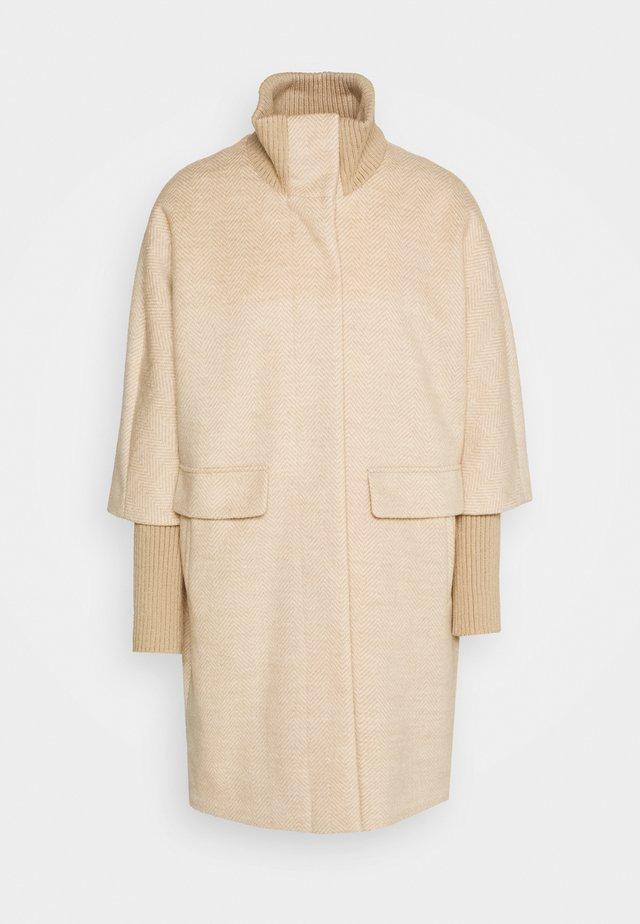 LANGARM - Classic coat - camel