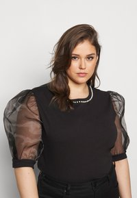 New Look Curves - PEARL TRIM ORGANZA TEE - T-shirt con stampa - black - 3