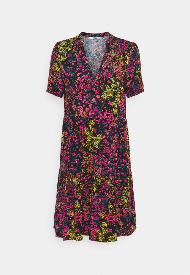 ONLNOVA LIFE THEA DRESS - Sukienka letnia - night sky/floral garden