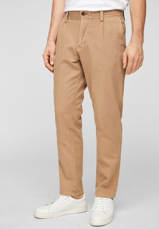 RELAXED FIT - Trousers - brown dobby