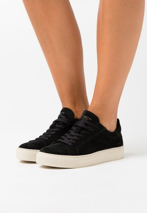 SLFDONNA NEW CROCO TRAINER - Sneakers - black