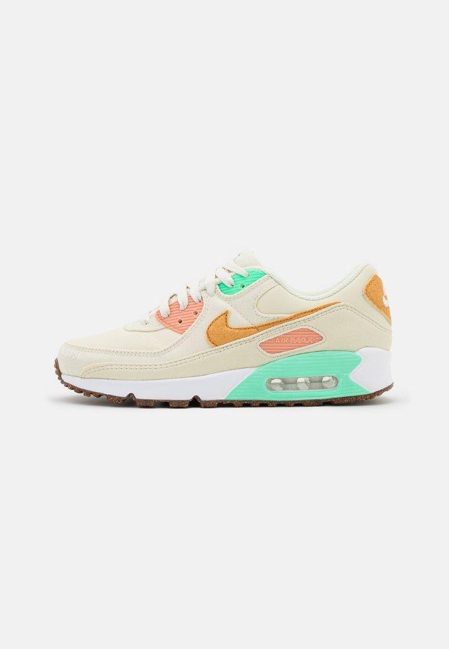 AIR MAX 90 - Sneakers laag - coconut milk/mtallic gold/green glow/light bone/apricot agate/lime glow