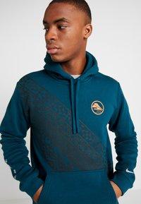 Nike Performance - CLUB HOODIE EKIDEN - Jersey con capucha - midnight - 3