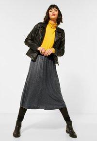 Street One - MIT GLITZER COATING - A-line skirt - grau - 1