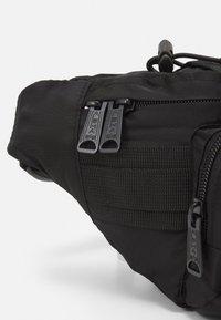Alpha Industries - TACTICAL WAIST UNISEX - Bum bag - black - 4