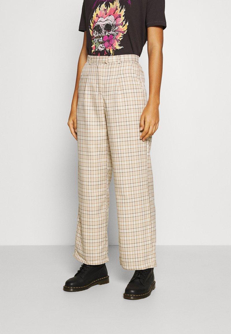 Fashion Union - TROUSER - Kalhoty - beige