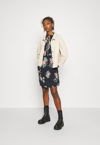 Vero Moda - VMSAGA SHORT DRESS - Day dress - navy blazer/sita - 1