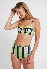 Solid & Striped - THE KIKI - Bikini top - lavender/lime/black - 1