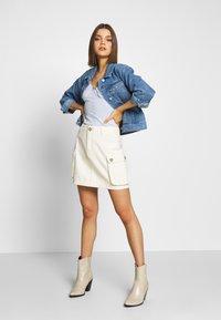 Missguided - POCKET SKIRT - Mini skirts  - ecru - 1