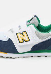 New Balance - YV574NLB - Trainers - white/navy - 5