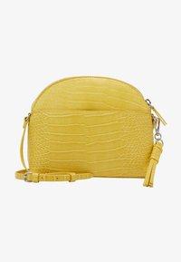 s.Oliver - Across body bag - yellow - 1