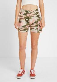TWINTIP - Shorts - dark green - 0