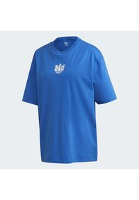 adidas Originals - ADICOLOR 3D TREFOIL T-SHIRT - T-Shirt print - blue - 8