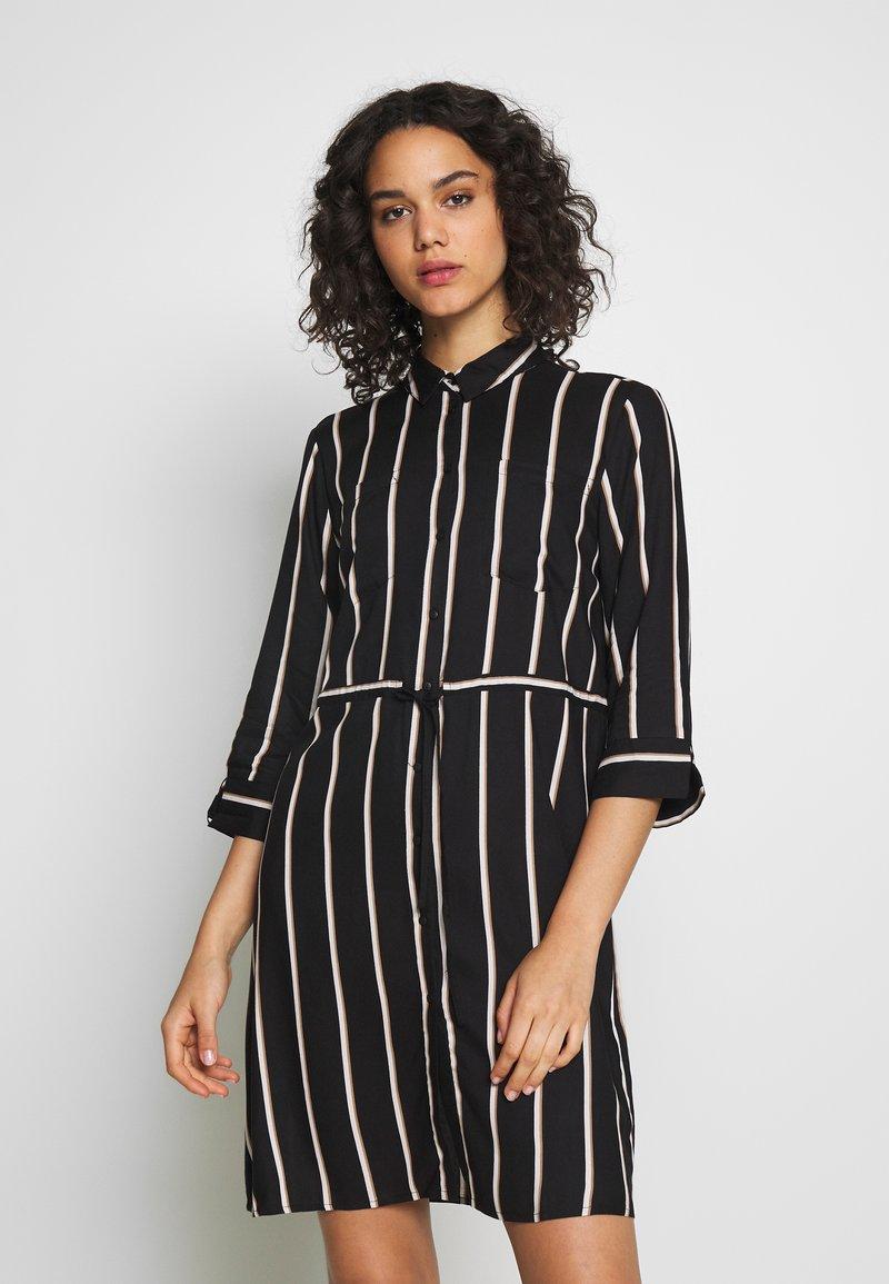 ONLY - ONLTAMARI DRESS - Shirt dress - black/white/camel stripe