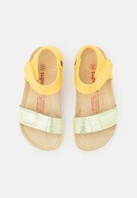 Superfit - FUSSBETTPANTOFFEL - Sandals - gelb - 3