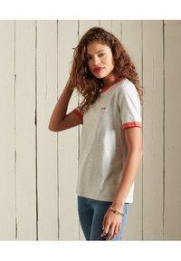 Superdry - VINTAGE LOGO  - Basic T-shirt - off white marl - 3