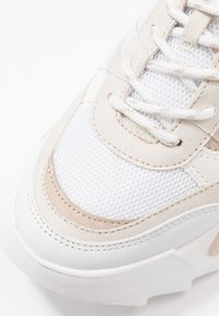 Topshop - CANDID CHUNKY TRAINER - Zapatillas - natural - 2