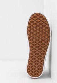 Vans - SK8 MTE - Höga sneakers - navy/true white - 4