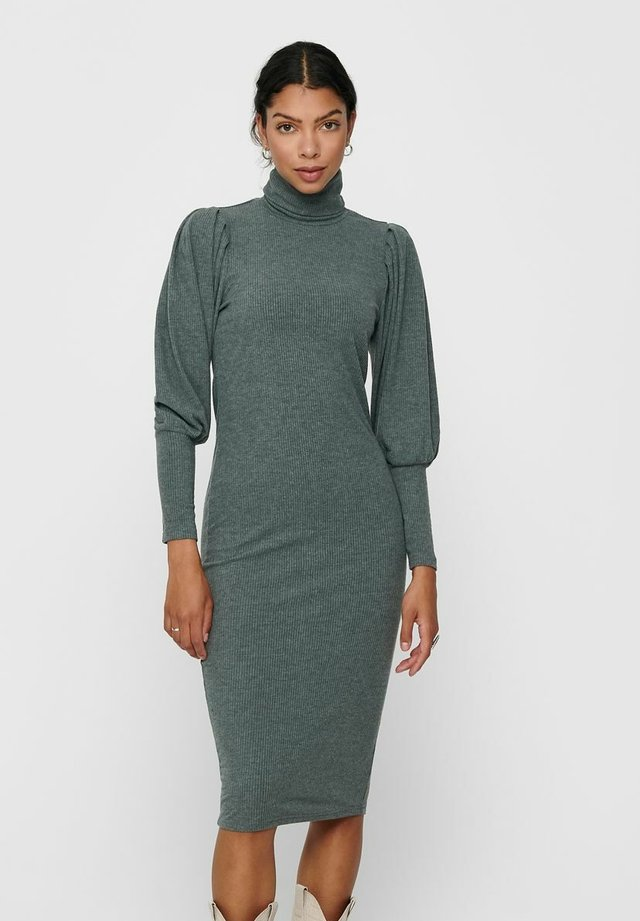 Sukienka koktajlowa - balsam green