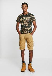 Schott - LOGO 2 PACK - Print T-shirt - camo/black - 0